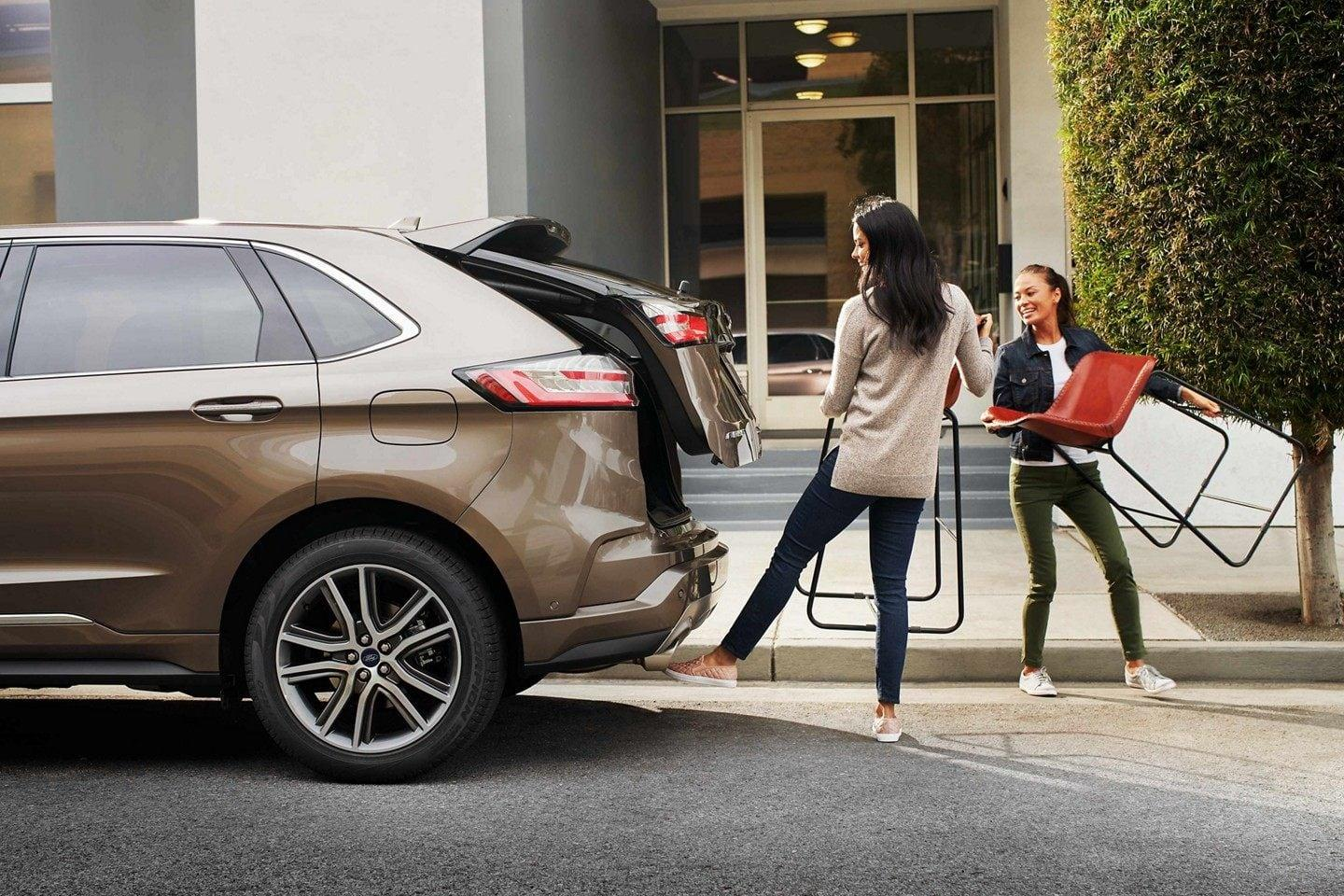 2019 Edge hands free liftgate