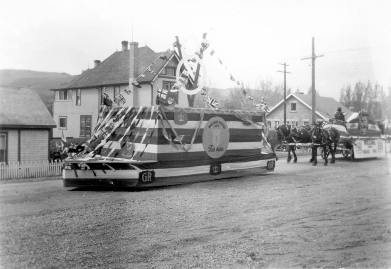 Old town Calgary Maclin Motors float